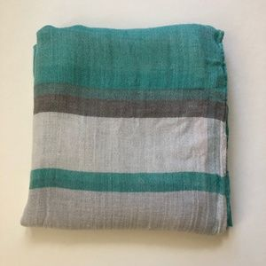 Accessories - Green/Gray/White Infinity Scarf